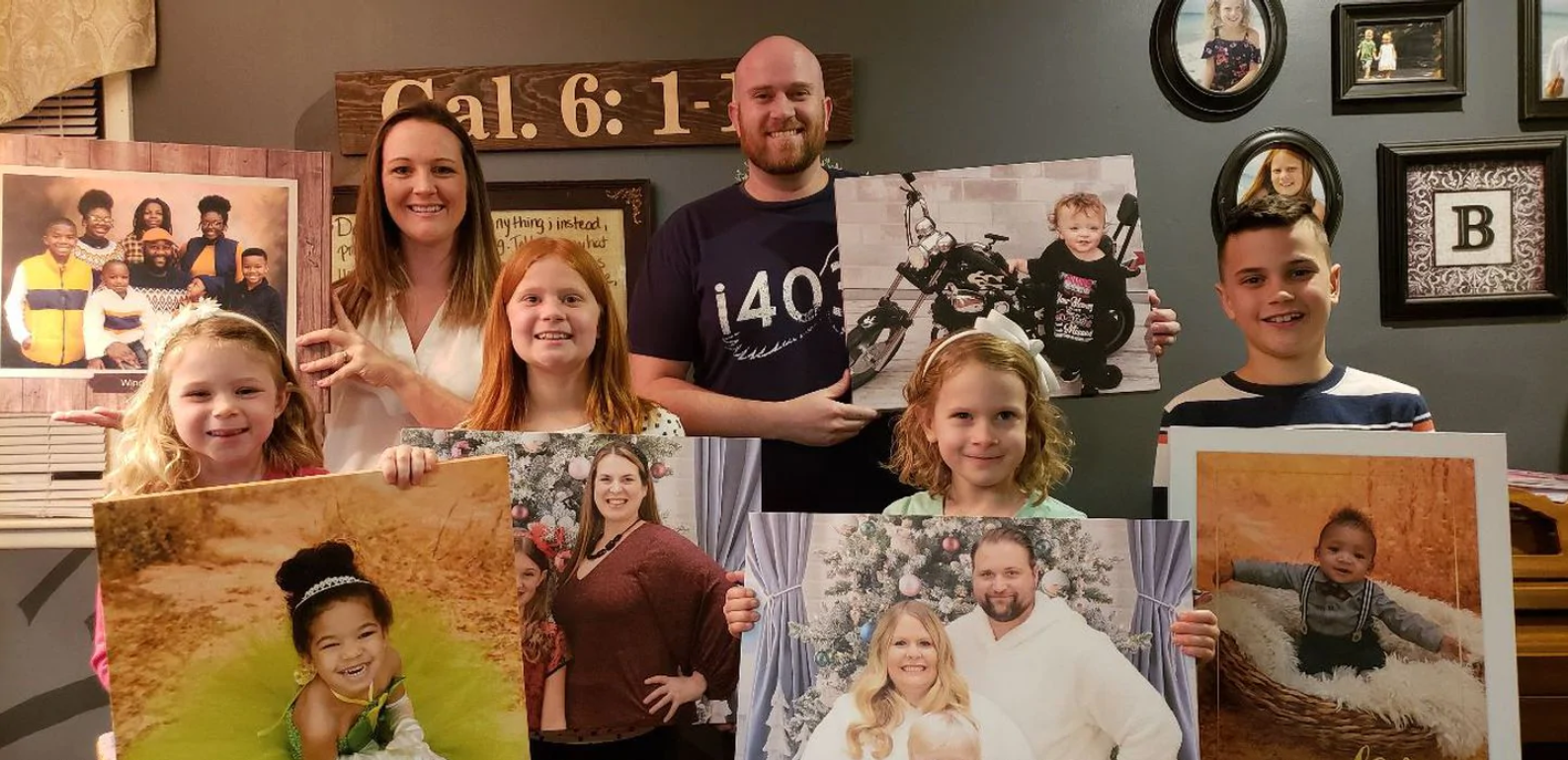 Returning lost photos to their owners