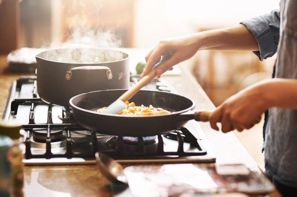 5 Female Celebrity Chefs and Their Inspiring Career Journeys
