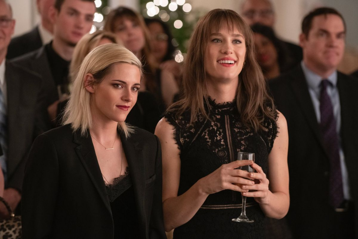 Actress Kristen Stewart (left) and Mackenzie Davis (on the right) in a scene from Happiest Season