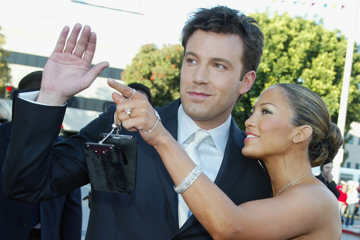 Bennifer on the red carpet, early 2000s